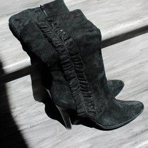 White Mountain Heeled Boots